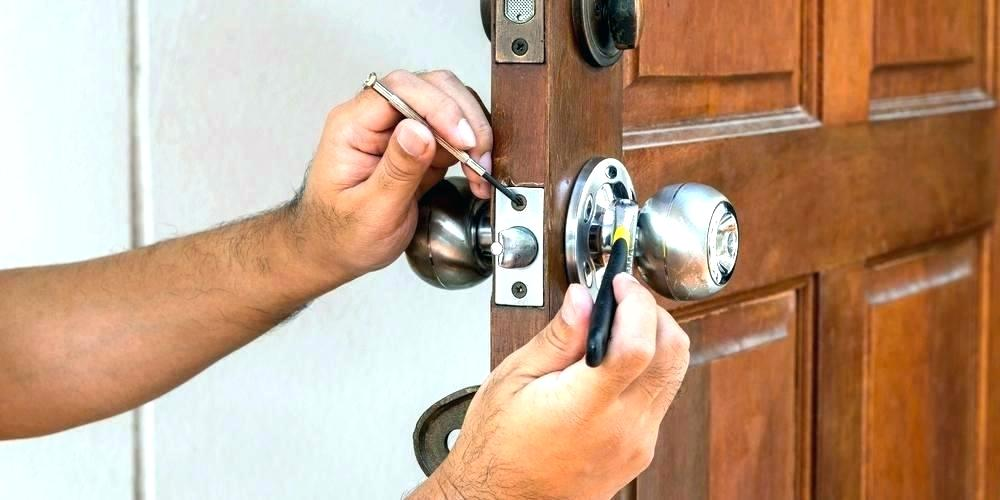 5 Vital Options And Insights For Your Front Door Lock Replacement
